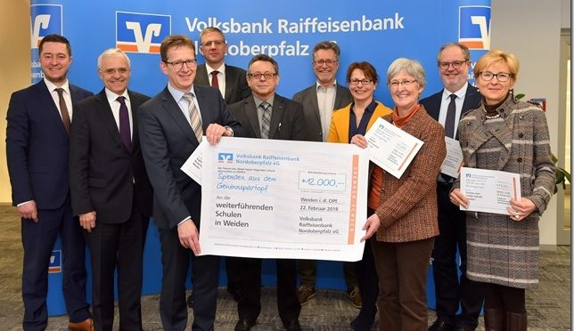 12.000 Euro für Weidener Schulen